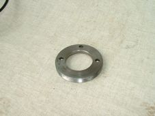 37-3587, Rear wheel bearing retaining ring, Triumph T100 TR6 T120 1970-1974.